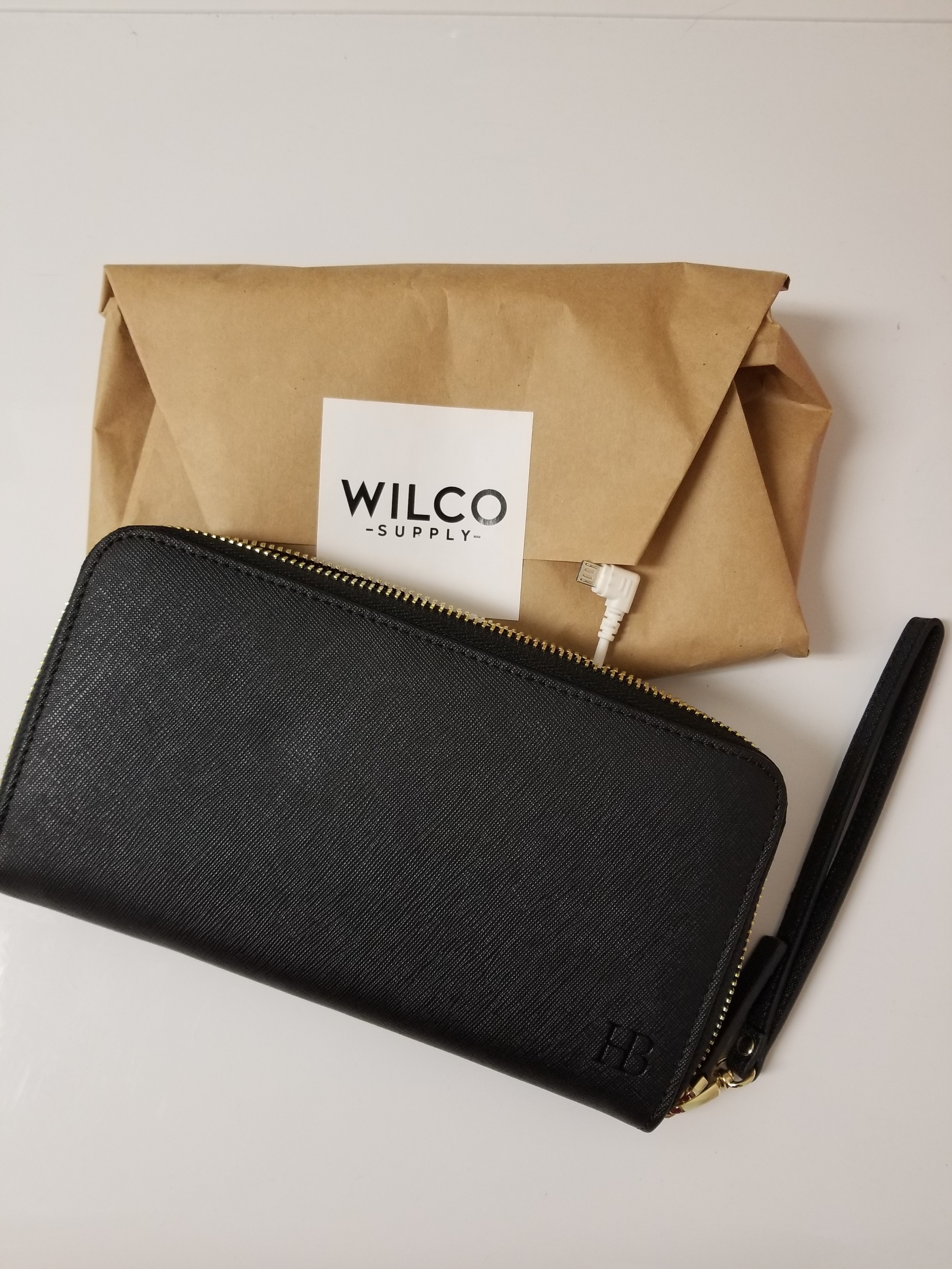 WILCO Mighty Purse charges your phone on the go!